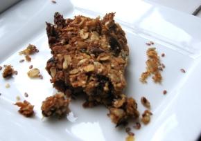 Chewy grain granolabars