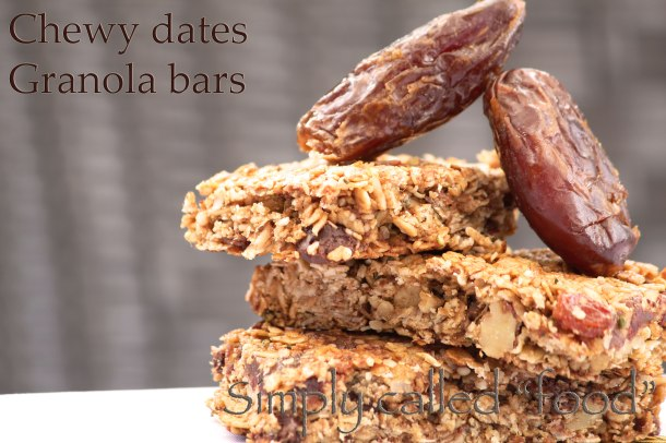 Chewy dates granola bars