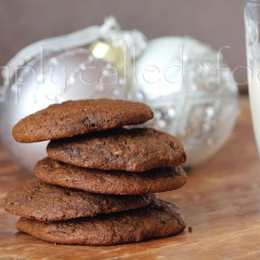 Vegan chewy molassescookies