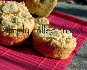 Busy weekday mornings… 5 gluten-free muffins togo!!!